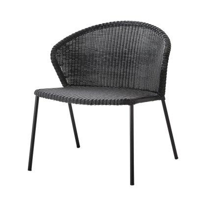 Lean Lounge Chair Image